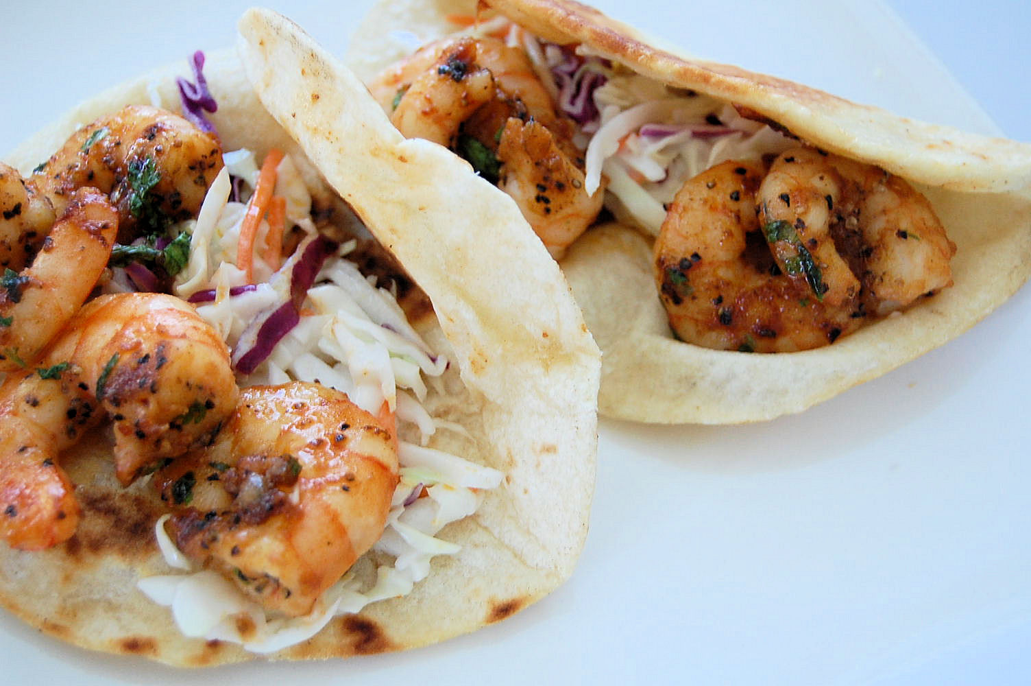 chipotle-shrimp-taco-with-avocado-lime-coleslaw