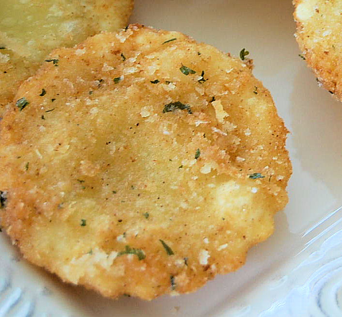parmesan-crusted-fried-cheese-raviloi