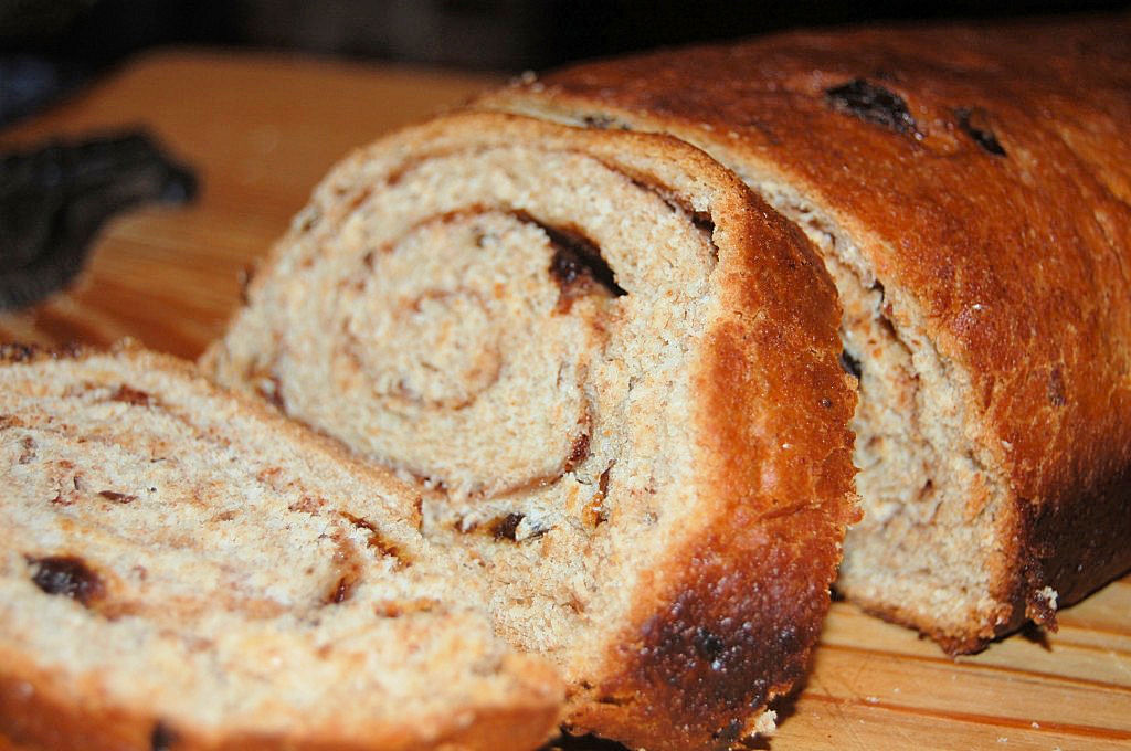 Whole Wheat Cinnamon Raisin Bread Kitchen Belleicious