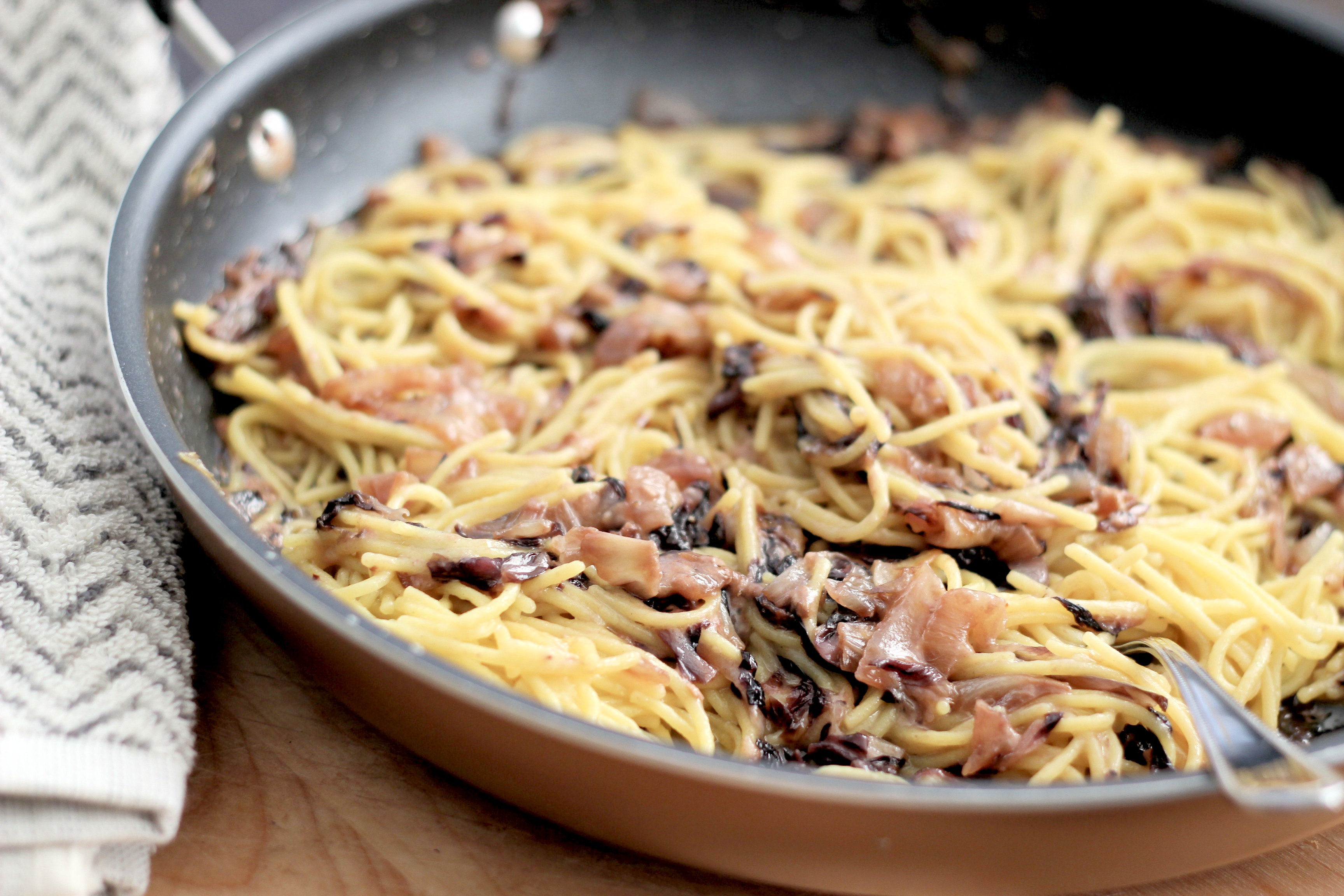 spaghetti-with-sauteed-radicchio-and-onions